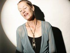 Image for Jennifer Robin