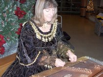 Tracie Henson - Strings of Glory Music