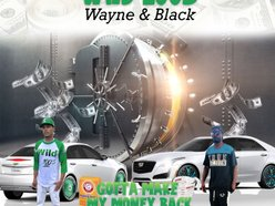 Wild 100s Wayne and black