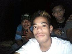 Nyong.squad
