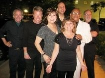 Corrina Cruz, Bobby Young & Unique Band