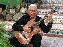 Yilo Quinones Guitar