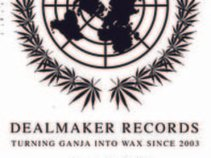 Dealmakder Records