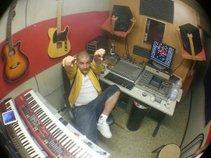 Row-b Studio9