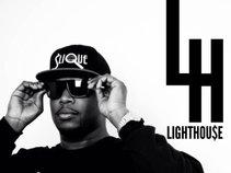 LIGHTHOU$E