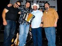 Los Fabulocos featuring Kid Ramos