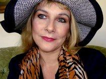 Kat Zolita Mason