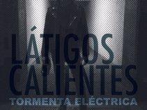 LÁTIGOS CALIENTES