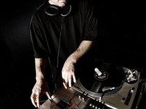 DJ TURNAMENT
