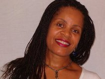 Annette T