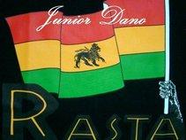Junior [J.R]