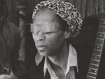 On Ka'a Davis w/ The Famous Original Djuke Music Players