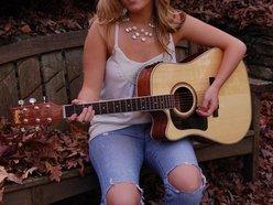 Image for Lindsey Clontz