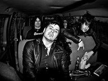 Atomic Outlaws