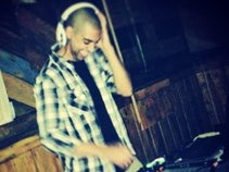 DJ: Marq Anthony
