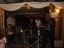 Steel grooving band