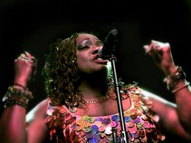 THORNETTA DAVIS DETROIT'S QUEEN OF THE BLUES