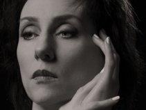 Deborah Leone