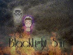 BlackLight Sun