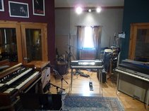 Fat Track Studio (Recording Studio)