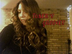 TUNERs grooves