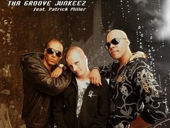 Tha Groove Junkeez