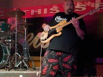 Kelly Kincaid Bassist