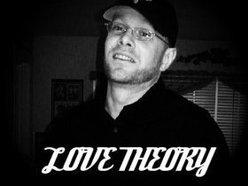 Powder Jay's Love Theory