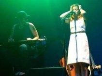 Leandra Graves Band