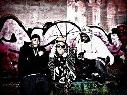 TDizzaL Music