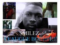 SMILEZ!!!!!!!!! THE LEAGUE!!!!