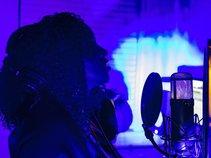 WESTCOAST HOTTEST SINGER!!