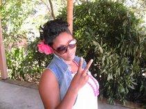 Miss DaLeshia'