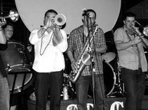 Feaux Mama Brass Band