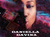 Daniella Davina