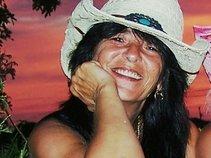 Carmella Inchierchiera