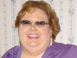 Michelle  R Roberts