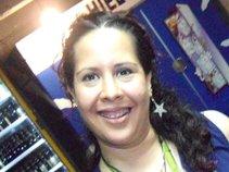 Alina Gómez