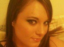 Taryn D