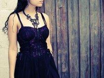 lili.scarlet.