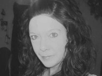 Wendy Lewis / IndieZine