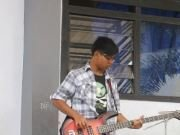 Ondel the bassist