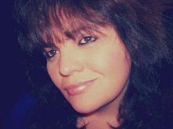 Vickie Riley