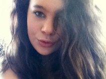 Allie_Sayles