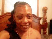 COUGAR MOMMA ENTERTAINMENT-->MS. FINE