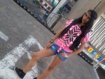 Tyna X Pretty