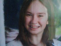 Emily16-17