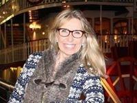 Sandy Dhuyvetter