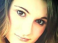 LauraKate AshleyAnne Maas