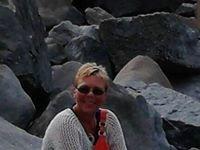 LeAnn Stone